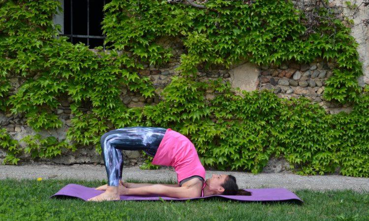 posizione del ponte yoga